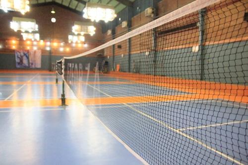 گزارش کارآموزی رشته تربیت بدنی بدمینتون در مجموعه ورزشي شهيد شيرودي (سالن اختصاصي بدمينتون)